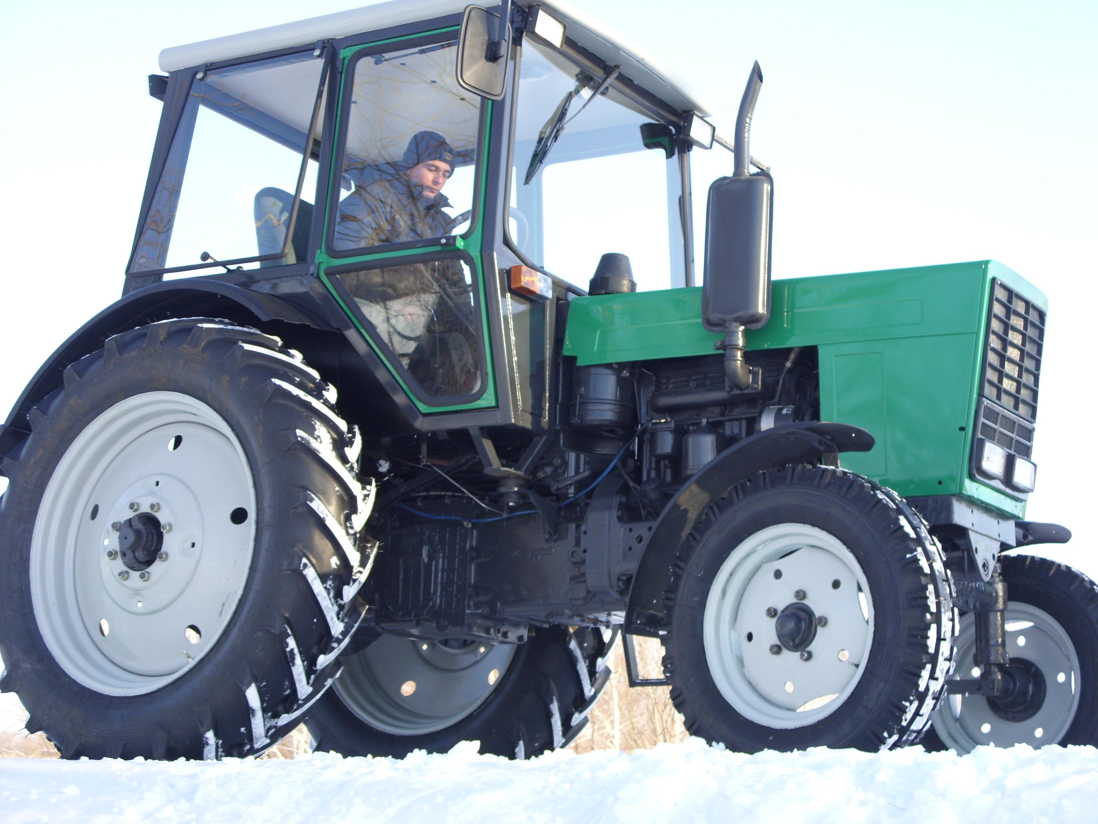 Топливный насос для трактора- купить, видео, фото.