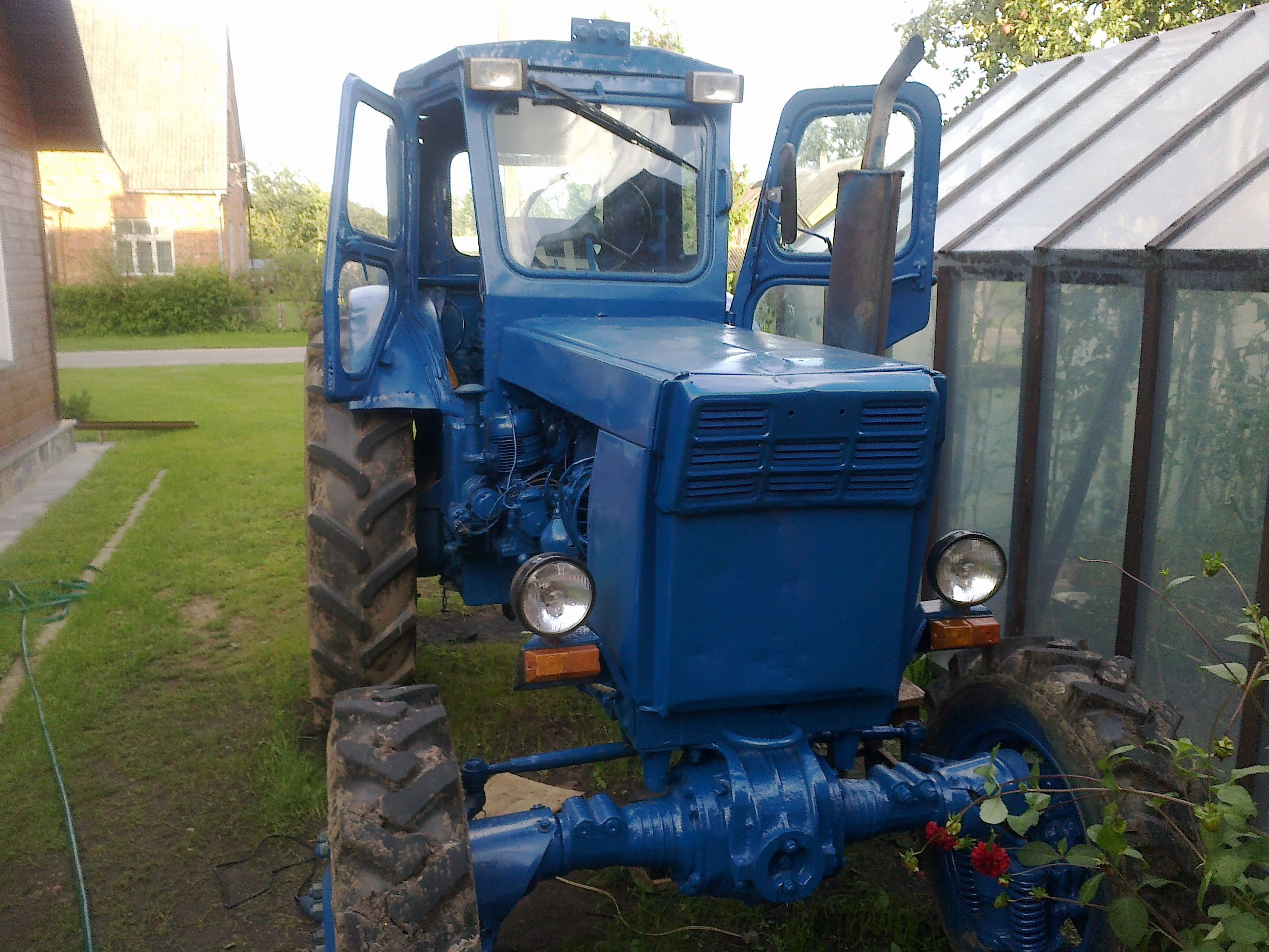 Купить трактор лтз 60 в Москве, объявления с ценами на.