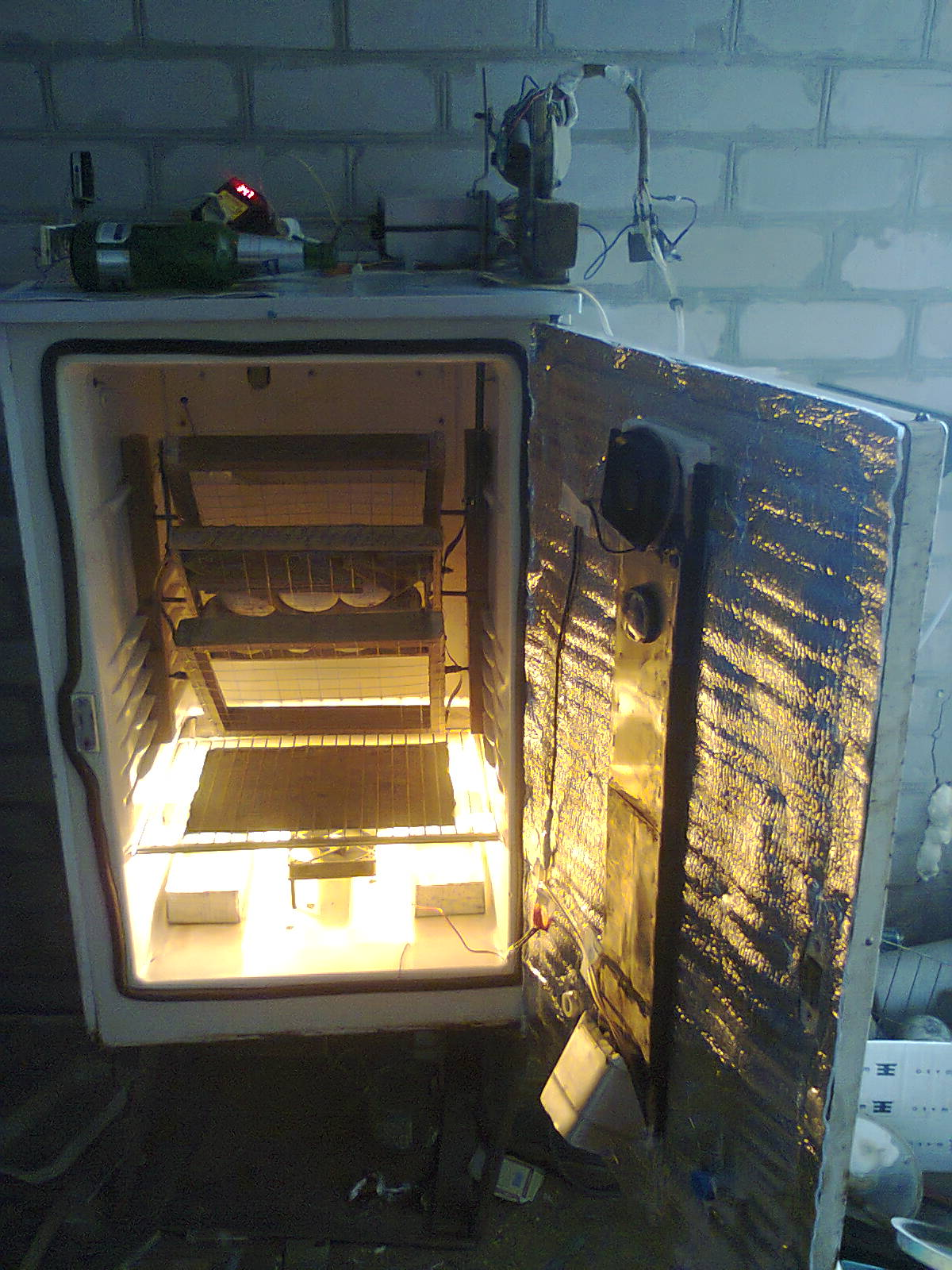 Как из холодильника сделать инкубатор
