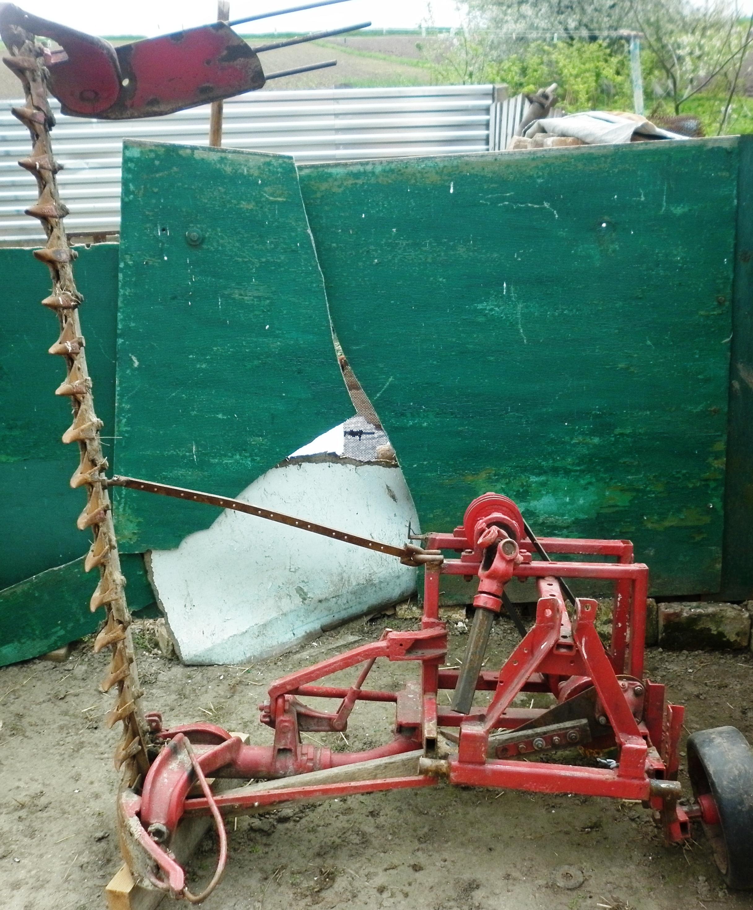 Как на самодельный трактор сделать косилку 11