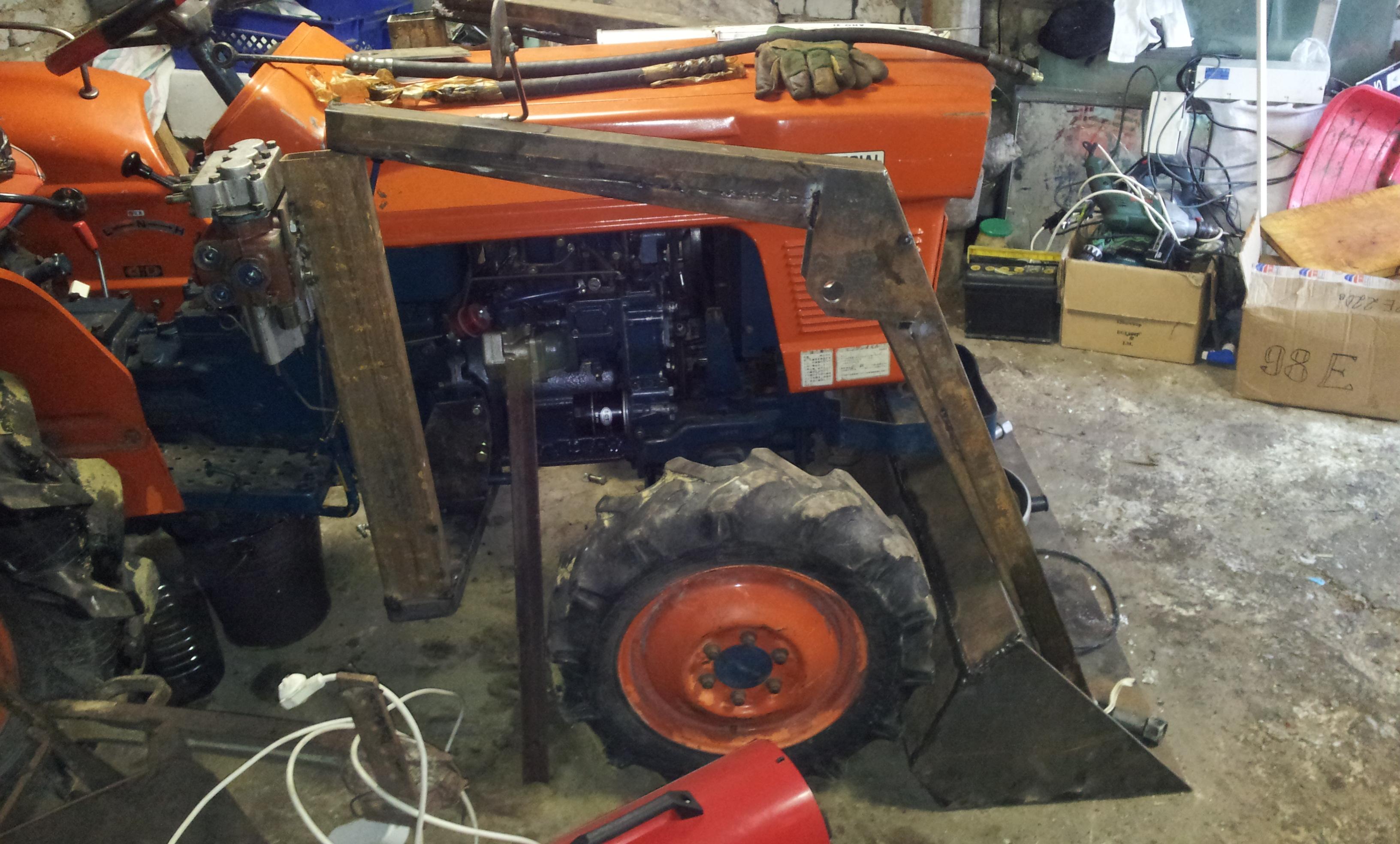 Погрузчик для трактора своими руками