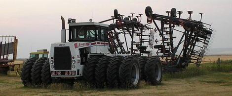 samyi-bolshoi-traktor-1.jpg