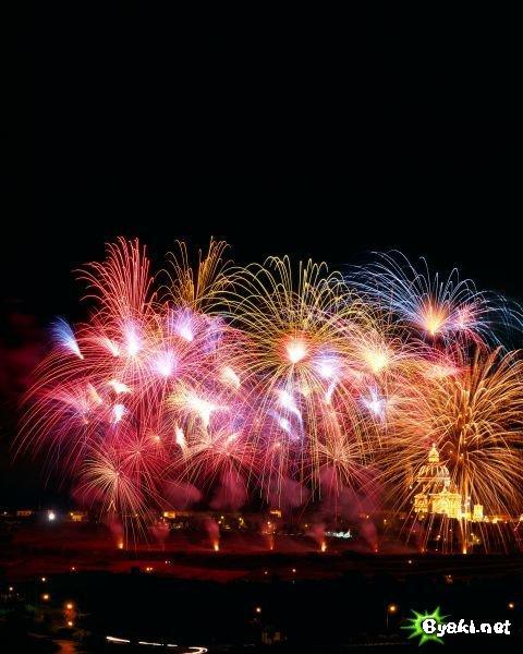 1167999139_fireworks_00.jpg