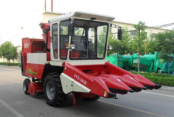 4yz-3a_corn_combine_harvester.jpg