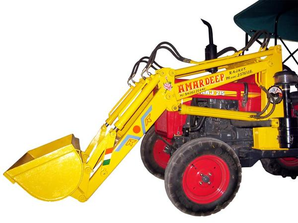mini-tractor-mounted-loader-810238.jpg