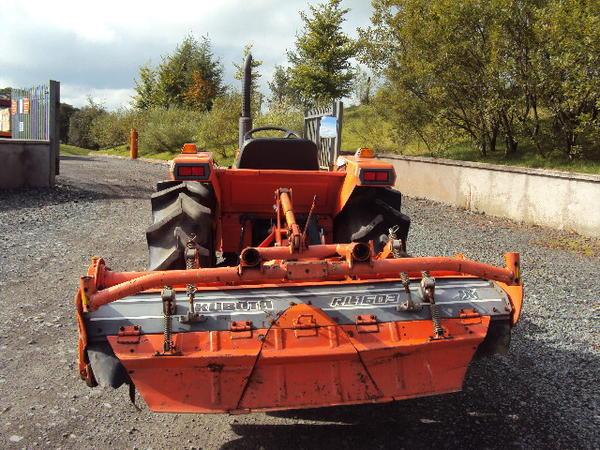 li-26-tractor-4-.jpg