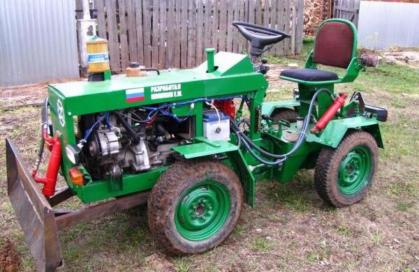 mini_traktor_dvs_oka.jpg