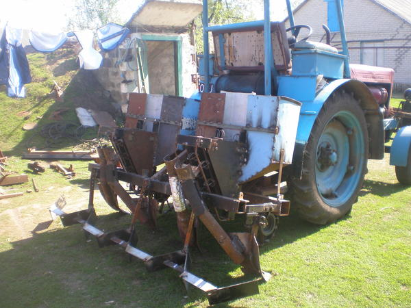 kosilovo_traktor_086.jpg