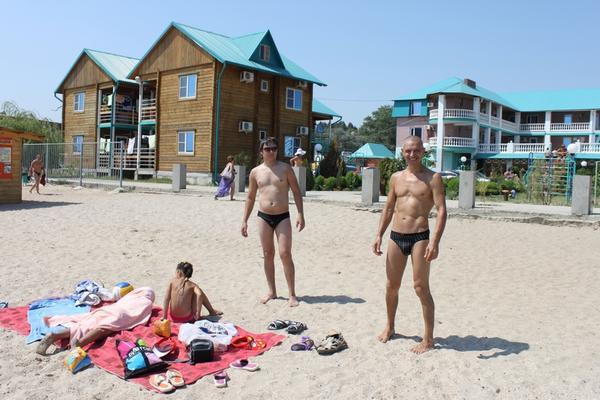 na_detskom_plyazhe_vozle_novinki.jpg