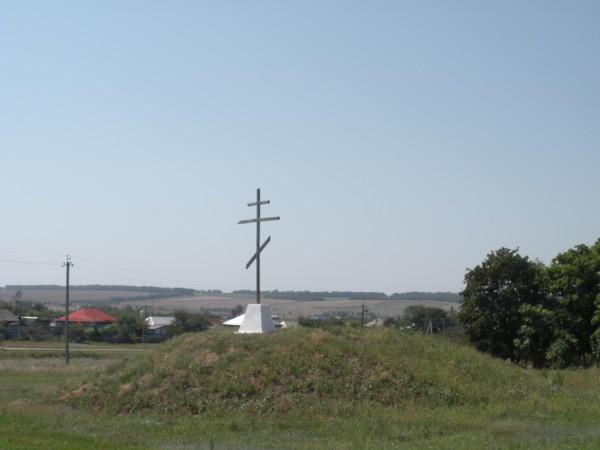 Крест на месте церкви