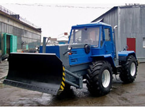 buldozer-t-150.jpg
