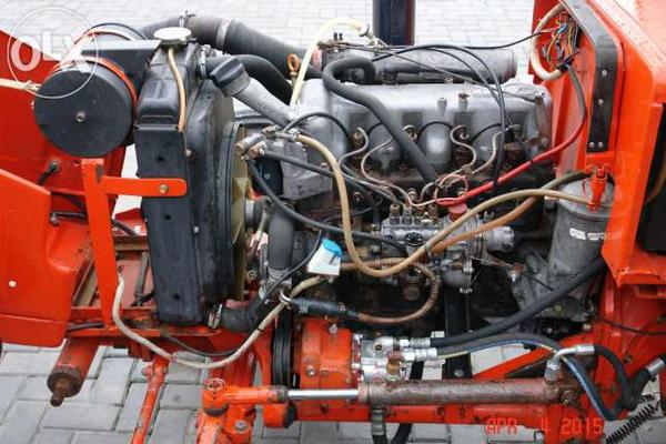 2050285714644x461traktor-t-25-t-25-mercedes-diesel-24l-eksklyuziv-transport.jpg