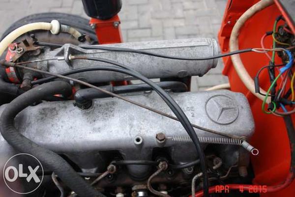 2050285716644x461traktor-t-25-t-25-mercedes-diesel-24l-eksklyuziv.jpg