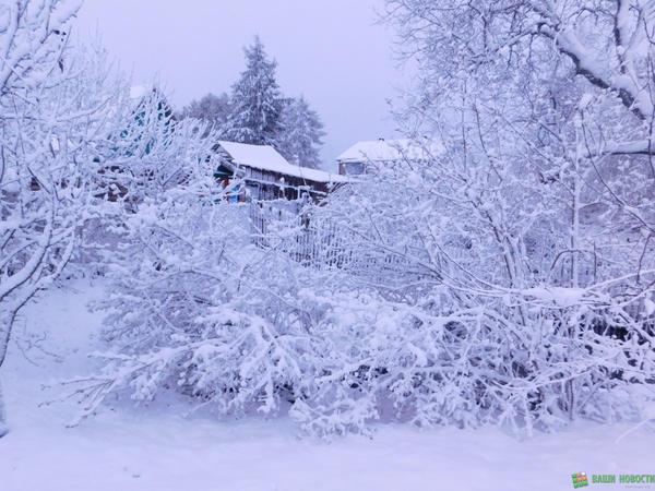 vnnewssmallfotofakt-na-9-maya-poddorskij-rajon-zavalilo-snegom.jpg