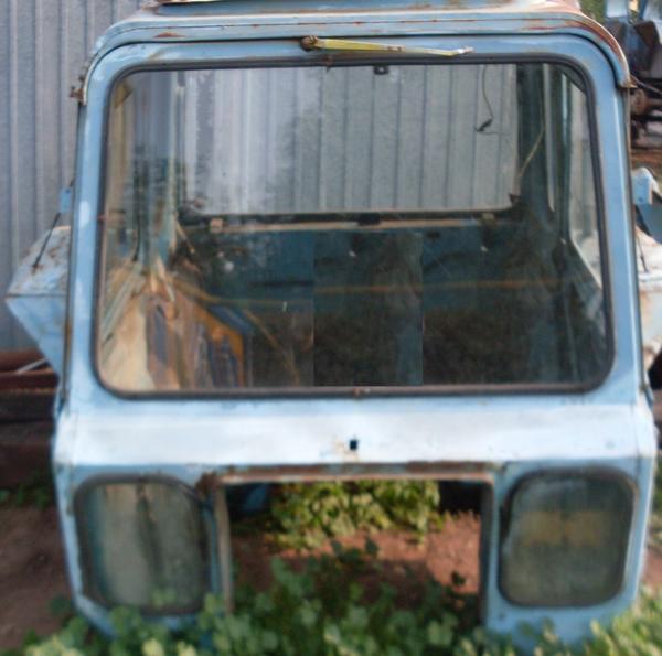 Коммунальная машина МК-Е на базе трактора МТЗ 82.1.