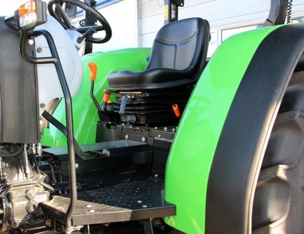 traktoragrolux4803jpg.jpg