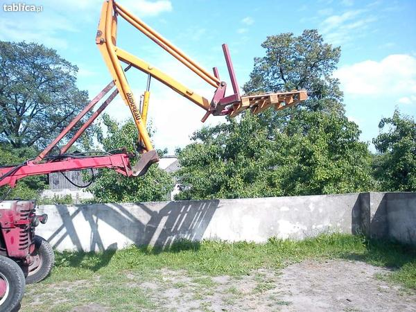 6340347341000x700ladowacz-do-balotow-rolnictwo.jpg