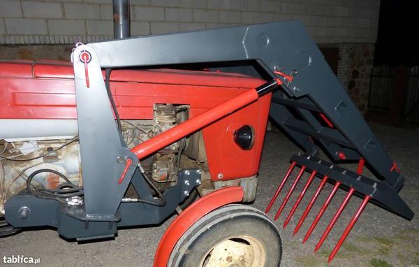 9437915331000x700tur-nowy-ladowacz-czolowy-ursus-c360-i-innych-pozostale-maszyny-rolnicze.jpg
