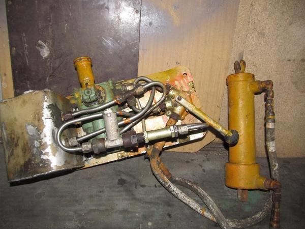 39666327611000x700prodam-komplekt-gidravliki-dlya-legkovogo-pritsepa-kremenchug.jpg