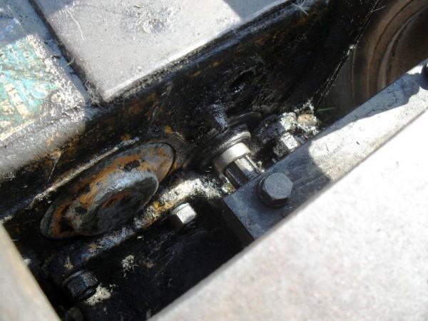 Сколько масла заливать в двигатель МТЗ-80? - ЖЕЛЕЗНЫЙ КОНЬ.