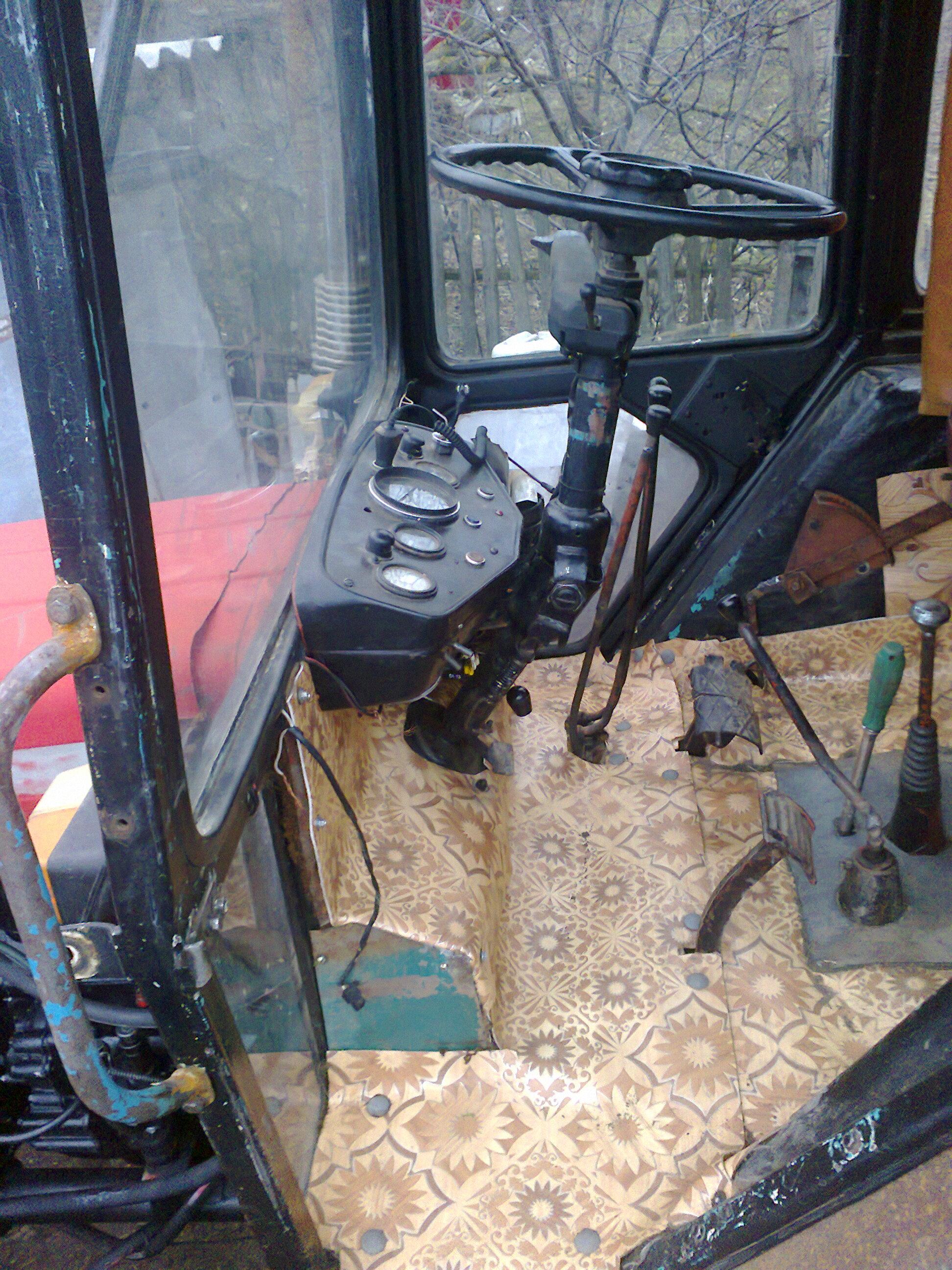 Самодельная кабина на трактор фото