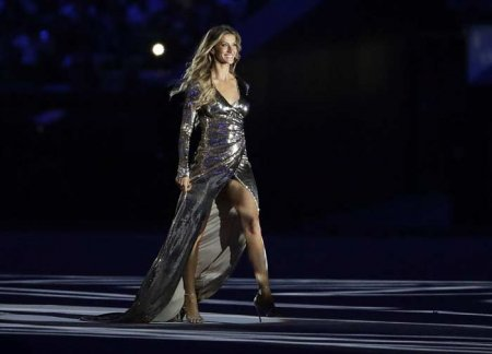 14704616561gisele-bundchen-opening-ceremony-olympics-rio-01.jpeg
