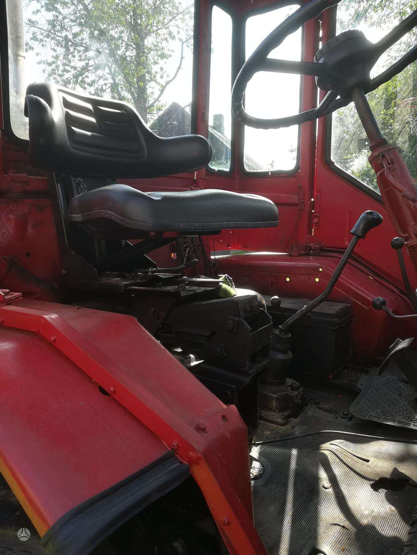 t-16-kita-traktoriai3.jpg