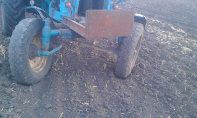 Регулировка колеи передних колес трактора МТЗ-80.